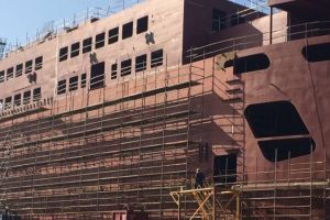 Tak z bliska wygląda budowa nowoczesnego promu dla Wightlink
