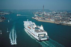 Pierwszy port w Wielkiej Brytanii zbuduje nowoczesną instalację do dystrybucji LNG