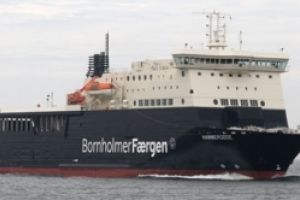 Pływający w barwach BornholmerFærgen statek Hammerodde w nowych rękach